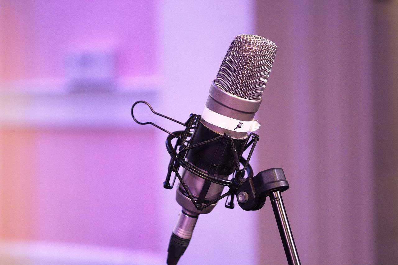 podcast, mic, equipment-3696504.jpg